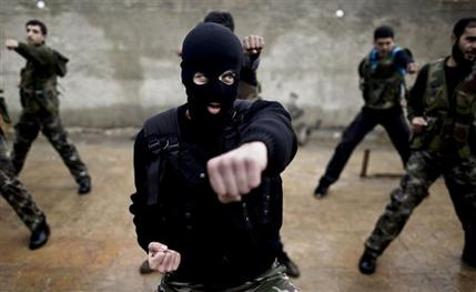 Mideast Syria Training Rebels